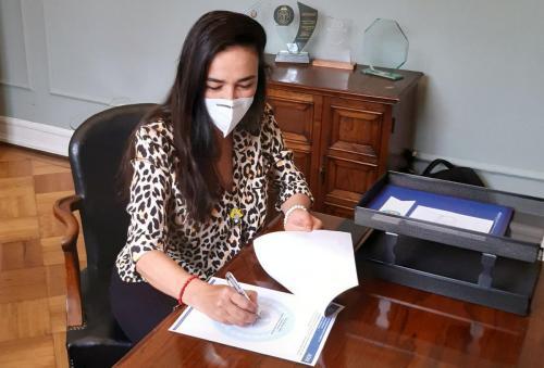 Dra. Cristina Castro