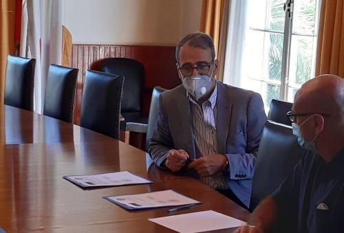 Firma convenio entre el Colegio de Cirujano Dentistas de Chile y la CNO